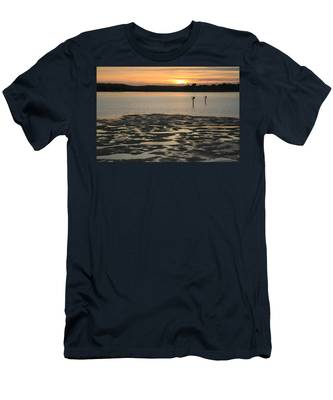 Bodega Bay Sunset Men's T-Shirt (Athletic Fit)