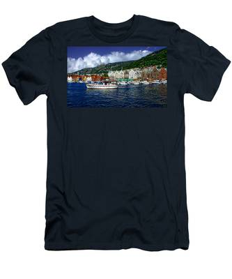 Bergen - Norway Men's T-Shirt (Athletic Fit)