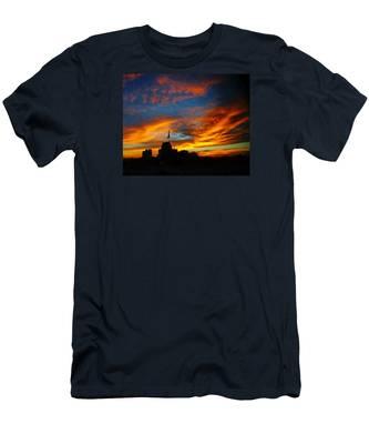 Sunset Ybor City Tampa Florida Men's T-Shirt (Athletic Fit)