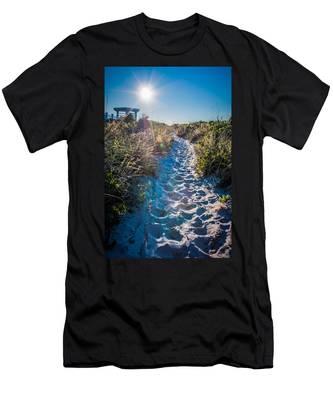 Wilmington Coastal Scene Wilmington North Carolina Men's T-Shirt (Athletic Fit)