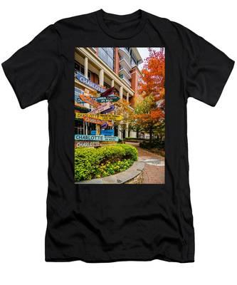 Charlotte City Skyline Autumn Season Men's T-Shirt (Athletic Fit)