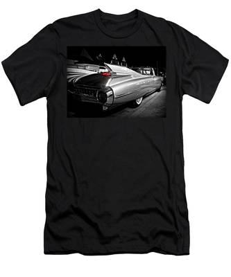 Cadillac Noir Men's T-Shirt (Athletic Fit)