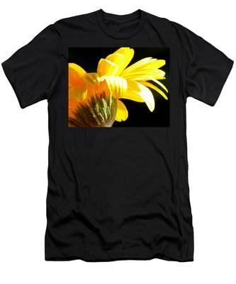 Canopy Of Petals Men's T-Shirt (Athletic Fit)