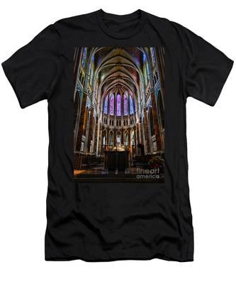 Chartres Men's T-Shirt (Athletic Fit)