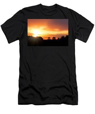 Country Sunset Silhouette Men's T-Shirt (Athletic Fit)