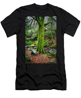 Green Green Moss Men's T-Shirt (Athletic Fit)