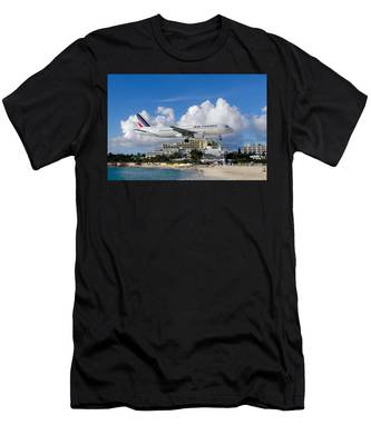 Hold On  Men's T-Shirt (Athletic Fit)