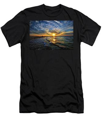 Hypnotic Sunset At Israel Men's T-Shirt (Athletic Fit)