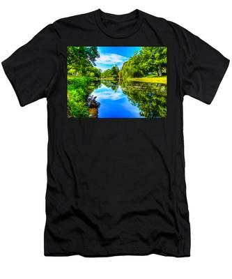 Lake Scene Men's T-Shirt (Athletic Fit)
