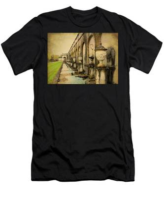 Longwood Gardens Fountains Men's T-Shirt (Athletic Fit)