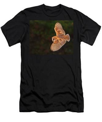 Majestic Flight Men's T-Shirt (Athletic Fit)