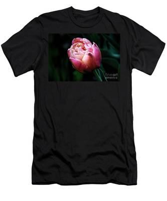 Painted Tulip Men's T-Shirt (Athletic Fit)