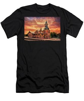 Point Of Rocks Train Station  Men's T-Shirt (Athletic Fit)