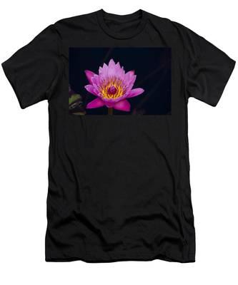 Purple Lotus Flower Men's T-Shirt (Athletic Fit)
