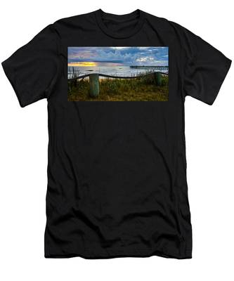 Simple Flager Men's T-Shirt (Athletic Fit)
