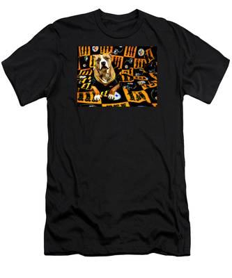 Pitbull Rescue Dog Football Fanatic Men's T-Shirt (Athletic Fit)