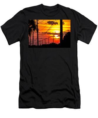 Summers Best Men's T-Shirt (Athletic Fit)