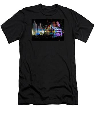 The Mark Twain Disneyland Steamboat  Men's T-Shirt (Athletic Fit)