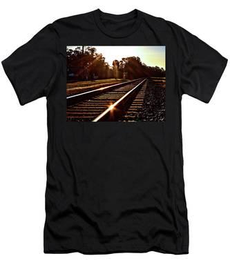 Traintastic Men's T-Shirt (Athletic Fit)