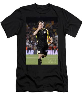Bojan Krkic Celebrating A Goal 2 Men's T-Shirt (Athletic Fit)