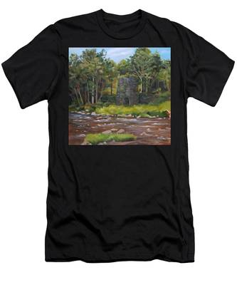 Iron Furnace Of Franconia New Hampshire Men's T-Shirt (Athletic Fit)
