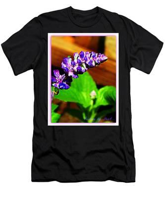 Water Drops Men's T-Shirt (Athletic Fit)