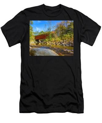 Everett Covered Bridge  Men's T-Shirt (Athletic Fit)