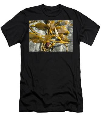 Seaweed On Sand Men's T-Shirt (Athletic Fit)
