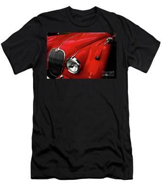 Red Jaguar Men's T-Shirt (Athletic Fit)