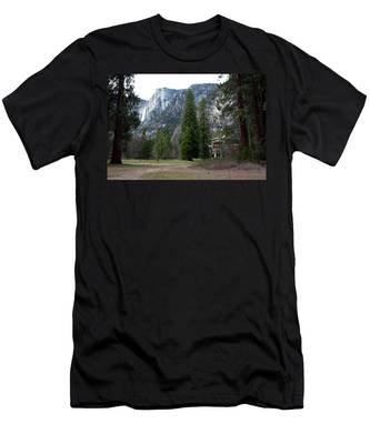 Ahwahnee Setting Men's T-Shirt (Athletic Fit)