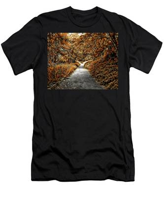 Autumn In Stamford Men's T-Shirt (Athletic Fit)