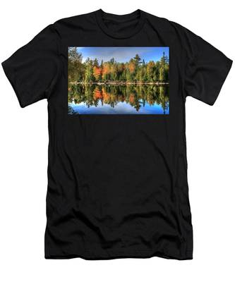 Autumn Reflections Of Maine Men's T-Shirt (Athletic Fit)