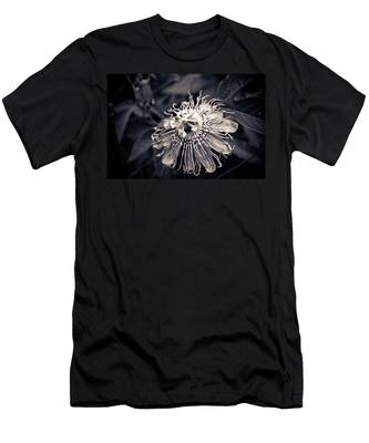 Clematis Flower Bloom Men's T-Shirt (Athletic Fit)