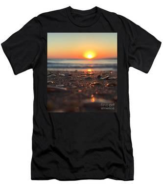 Beach Glow Men's T-Shirt (Athletic Fit)