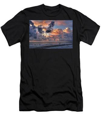 Beach Walk - Florida Seascape Men's T-Shirt (Athletic Fit)