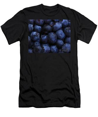 Blueberries Close-up - Horizontal Men's T-Shirt (Athletic Fit)