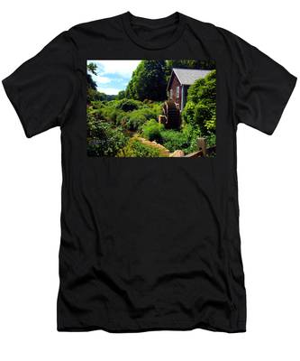 Brewster Gristmill Men's T-Shirt (Athletic Fit)