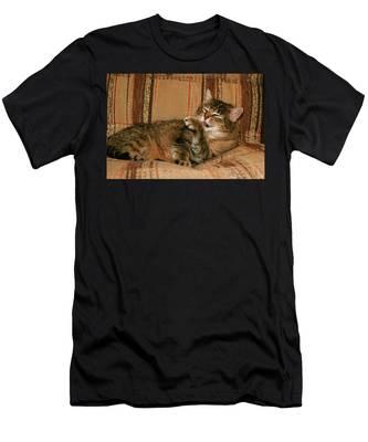 Cal-5 Men's T-Shirt (Athletic Fit)