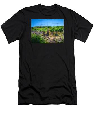 Country Lavender V Men's T-Shirt (Athletic Fit)