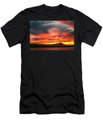 Ensenada Beauty Men's T-Shirt (Athletic Fit)
