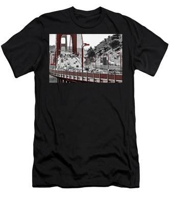 Golden Gate Bridge Street View Men's T-Shirt (Athletic Fit)