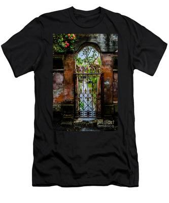 Bali Gate Men's T-Shirt (Athletic Fit)