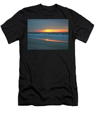 High Sunrise Men's T-Shirt (Athletic Fit)