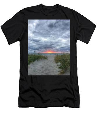 Hope On The Horizon Delray Beach Florida  Men's T-Shirt (Athletic Fit)