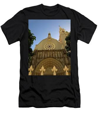 Iglesia San Jorge Men's T-Shirt (Athletic Fit)