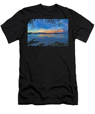 Longboat Pass 2 Men's T-Shirt (Athletic Fit)