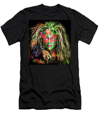 Maiden Of Earth Men's T-Shirt (Athletic Fit)