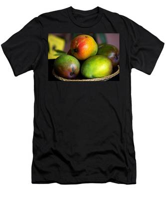 Mangos Men's T-Shirt (Athletic Fit)