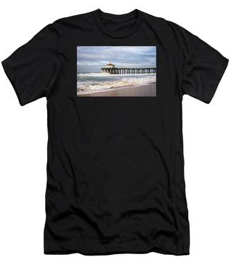 Manhattan Pier With Two Tankers Men's T-Shirt (Athletic Fit)