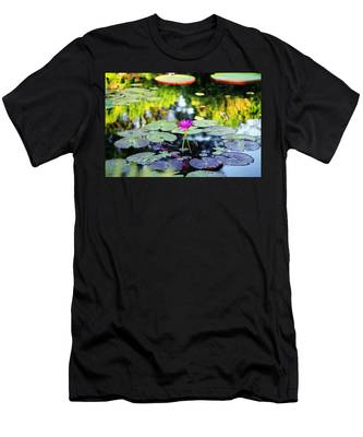 Monet Lilies Men's T-Shirt (Athletic Fit)